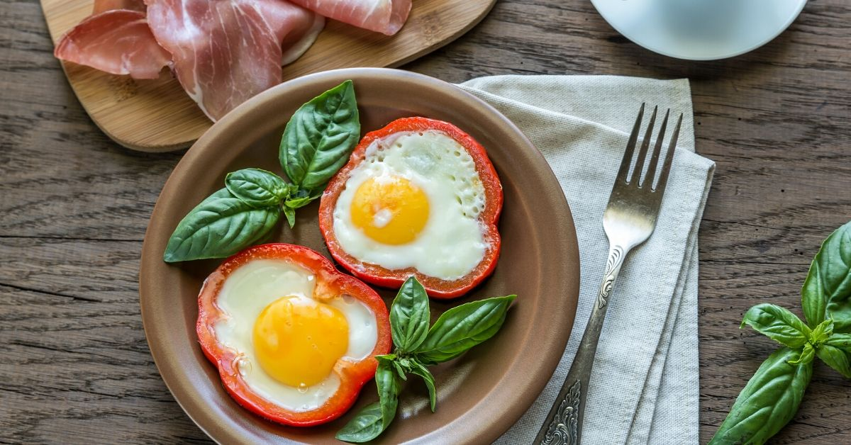 bell pepper egg rings - eggs in a hole