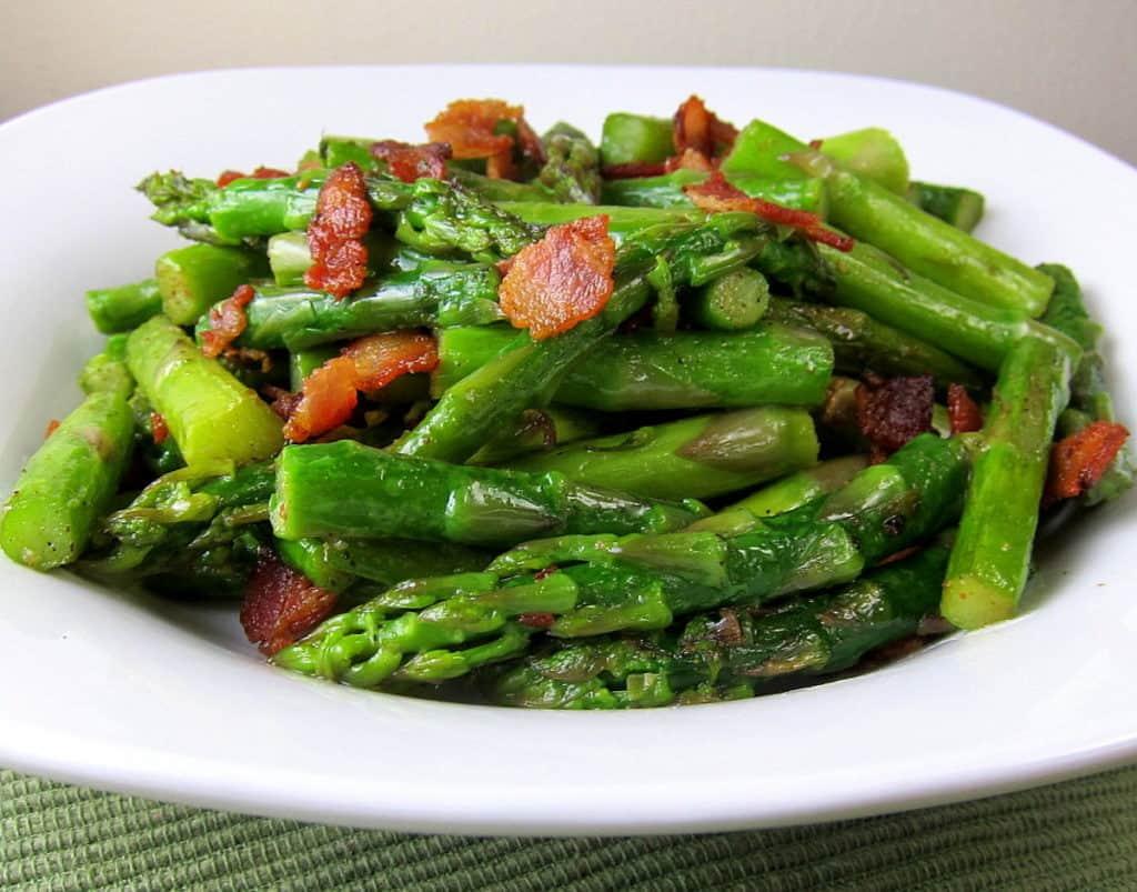 lemony asparagus with bacon side dish