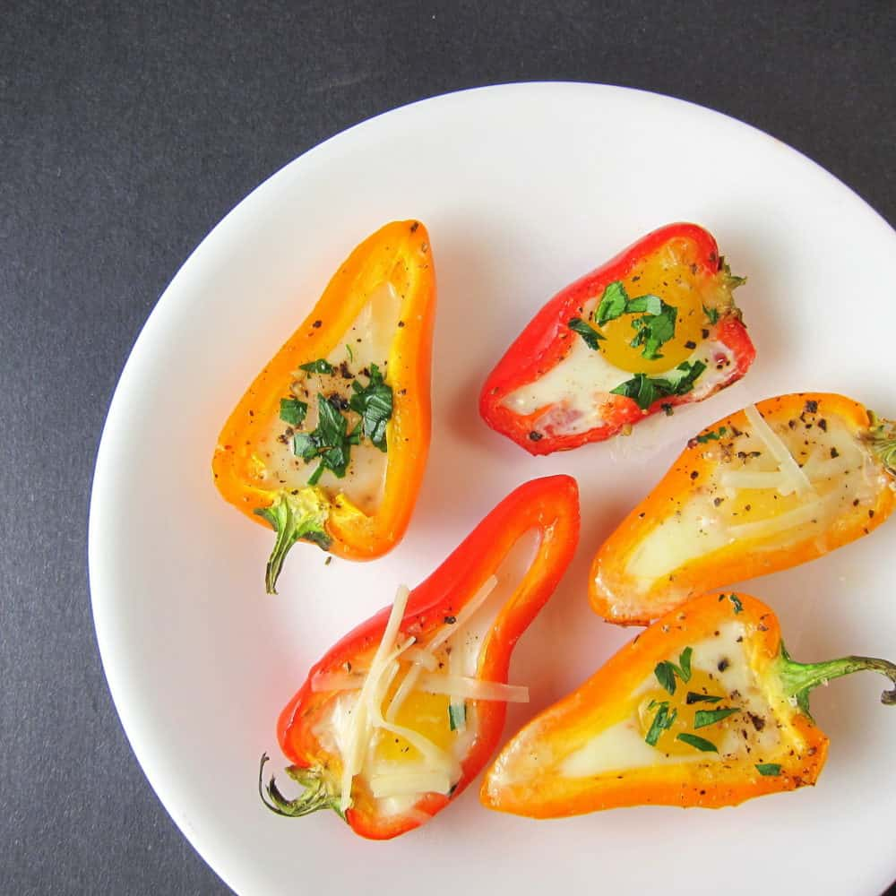 baked mini bell peppers with quail eggs recipe