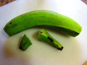 how to peel green plantains - step 1