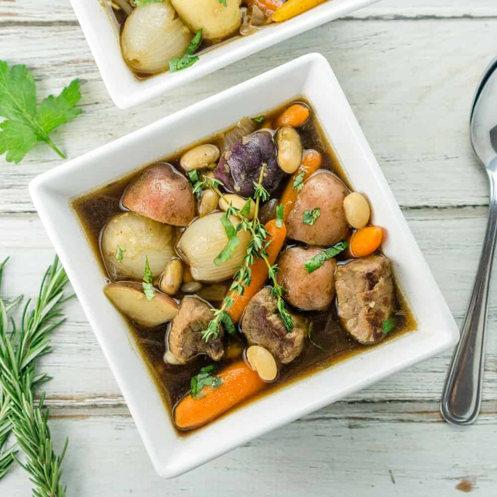 A fun twist on the Irish Stew, this recipe uses beans and baby vegetables , beef and Guinness to create a truly hearty, delicious, gourmet stew recipe!