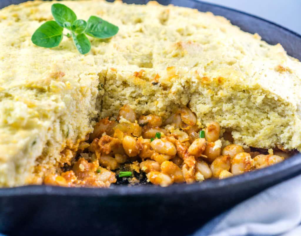 Baked Beans Cornbread Skillet - Babaganosh.org