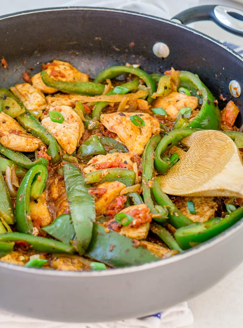 Garlic Chili Chicken with Peppers Skillet - Babaganosh.org