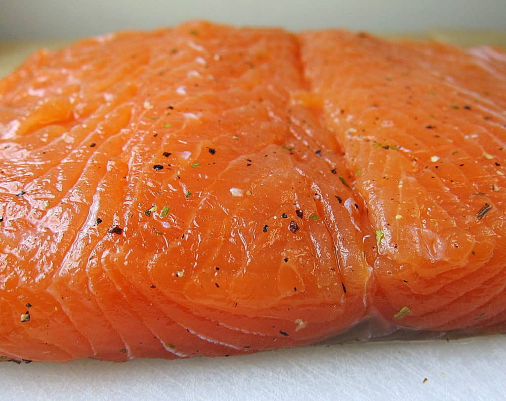 lox recipe - homemade smoked salmon