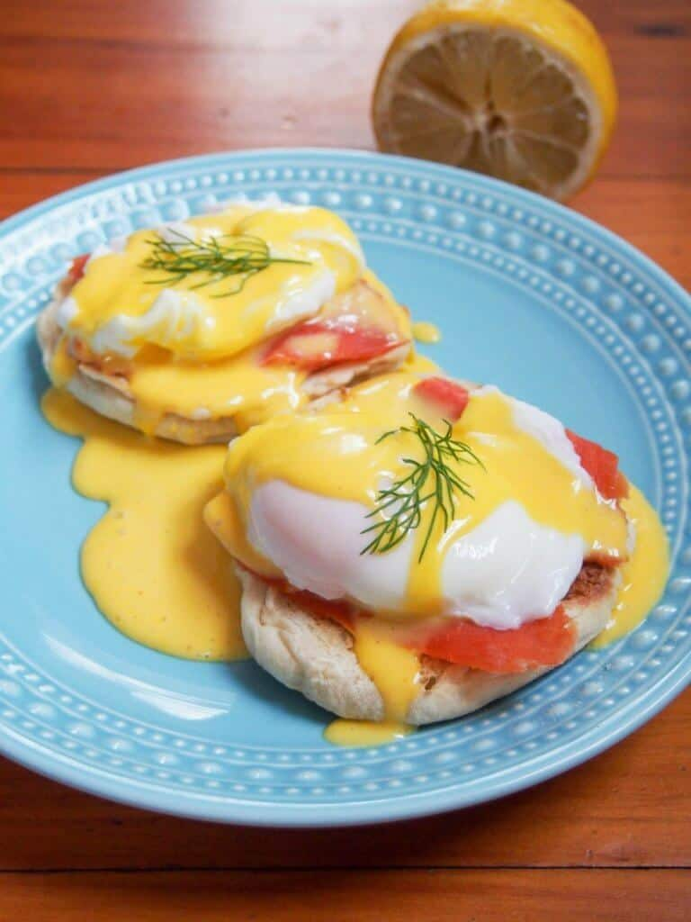 eggs royale - smoked salmon eggs benedict - lox recipes roundup