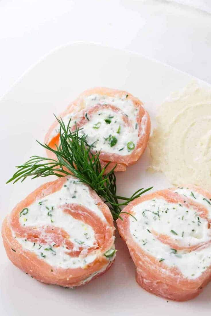 smoked salmon pinwheels - lox recipes roundup