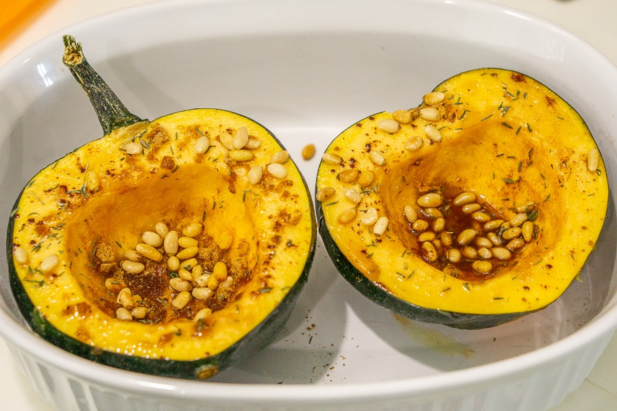 acorn squash with honey, pine nuts, and cinnamon