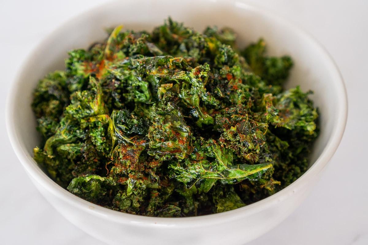 cajun kale chips in a bowl