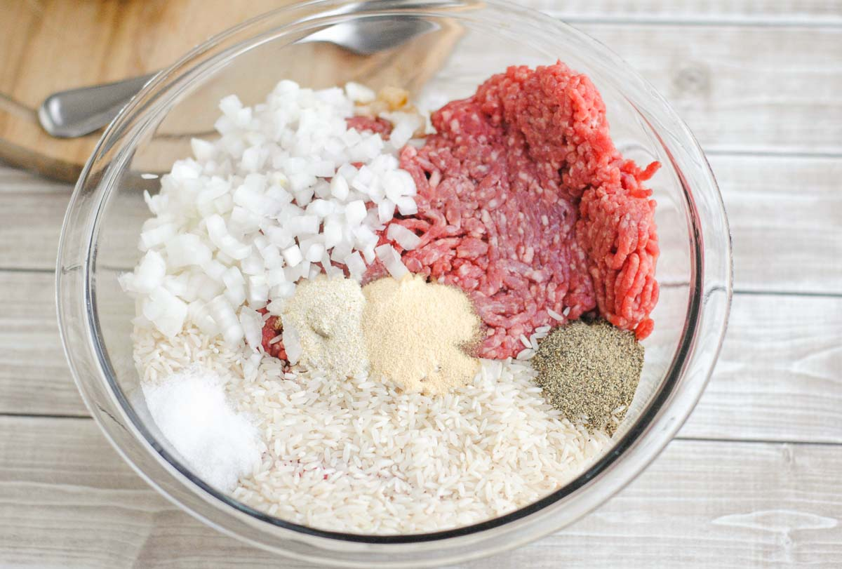 Ingredients to make Polish / Russian ground beef stuffed cabbage stuffing.
